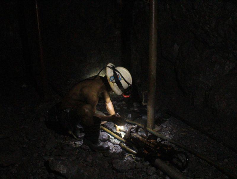 BENGUET. A Lepanto miner works underground in Mankayan, Benguet. (Photo by Lauren Alimondo)