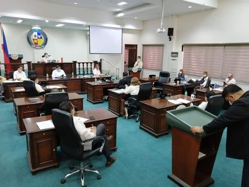 REINFORCING KAPAMPANGAN LANGUAGE. The Angeles City Council, headed by Vice Mayor Vicky Vega-Cabigting, has begun reinforcing the use of the Kapampangan language, sending out four resolutions written in the Amanung Sisuan, or mother tongue. (Angeles City Information Office)