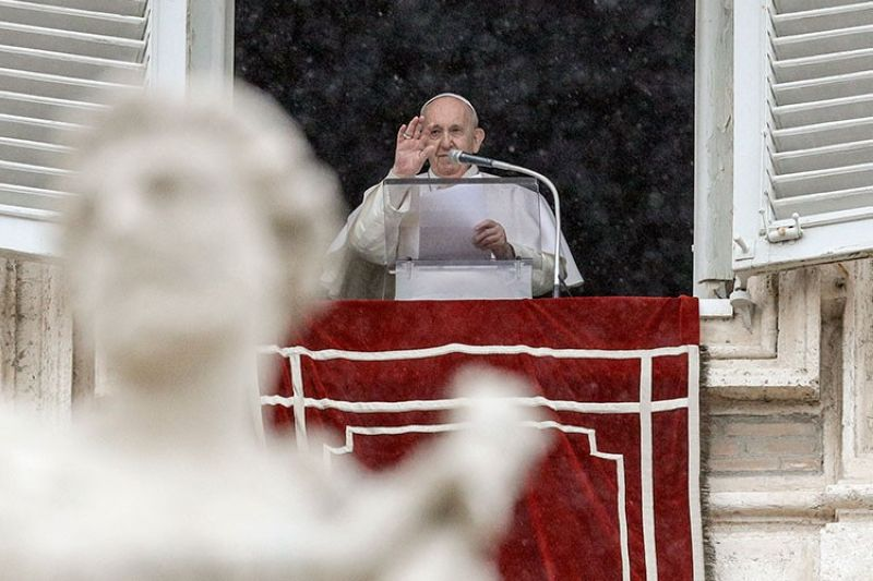 VATICAN. Pope Francis delivers his blessing from his studio window overlooking St. Peter's Square, at the Vatican, Sunday, February 7, 2021. (AP)