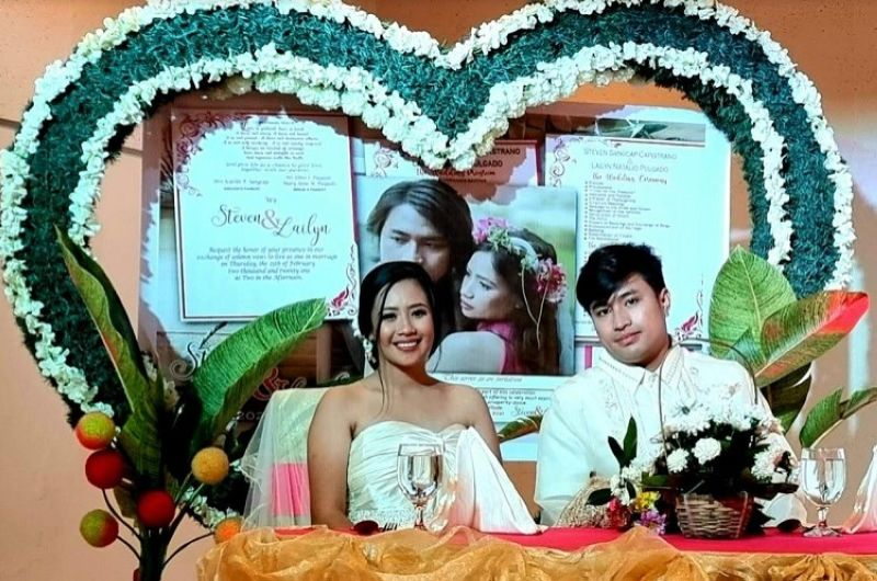 BACOLOD. Newly wed couple Steven and Lailyn Capistrano during their civil wedding day. (Contributed photo)