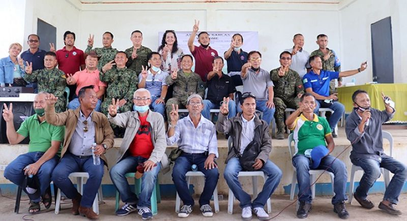 ZAMBOANGA. The Joint Coordinating Committee on the Cessation for Hostilities and Ad Hoc Joint Action Group of the Government of the Philippines  and Moro Islamic Liberation Front lead the conduct of Joint Peace Advocacy Tuesday in Tungawan, Zamboanga Sibugay. A photo handout shows the participants flashing a peace sign during a photo session. (SunStar Zamboanga)