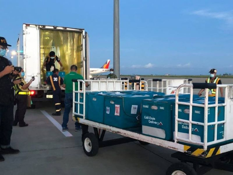 CAGAYAN DE ORO. The 17,400 vials of Sinovac vaccine intended for 8,700 individuals in Northern Mindanao arrived at the Laguindingan Airport around 5:20 a.m. on Thursday, March 4. (Photos by City Information Office)