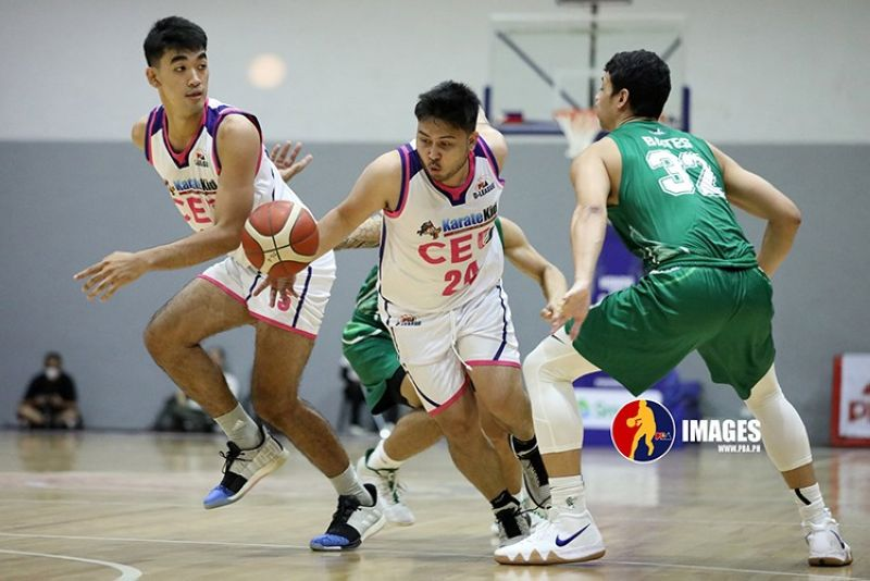 """Cebuano guard Jerie Marlon """"Koko"""" Pingoy (center) says there's still more work to be done as he sets his eyes on a roster spot with the Phoenix Super LPG. (PBA D-League)"""