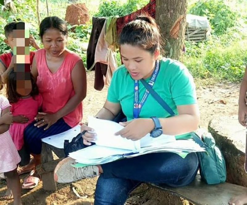 PALAWAN. Marecar performs her usual day-to-day tasks as a Municipal Link of Bataraza, Palawan and ensures that proper interventions were given to the 4Ps beneficiaries. (Contributed photo)