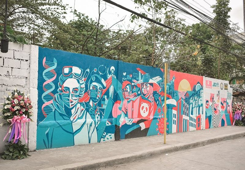 CAGAYAN DE ORO. The main concept of the gratitude mural, located along Corrales St., Cagayan de Oro City, is centered on the heroism of the frontline healthcare workers. It also showcased famous landmarks within Misamis Oriental. (Contributed photo)