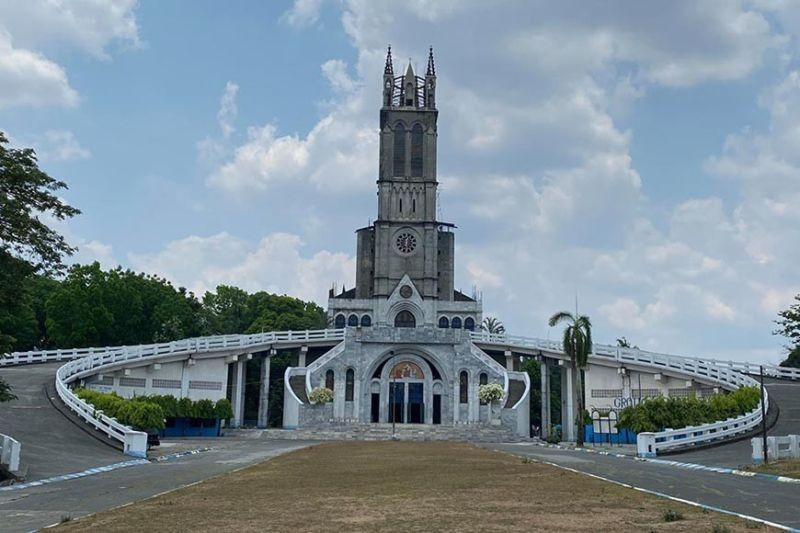 BULACAN. In this photo taken during Holy Week in April 2020, silence pervades the empty Our Lady of Lourdes Grotto Shrine in Bulacan. (File)