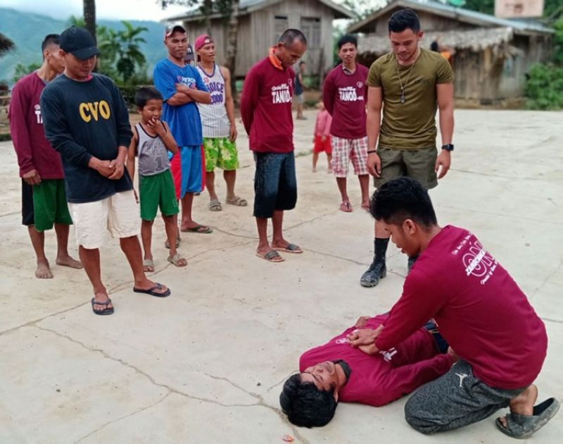 ZAMBOANGA. The Alpha Company of the Army's 53rd Infantry Battalion conducts self-defense techniques and life-saving training to enhance the capability of the Civilian Volunteer Organization (CVO) members in Sinonok village, Dumingag, Zamboanga del Sur. In the photo, a CVO shows how to resuscitate a person who passed out due to health problem. (SunStar Zamboanga)