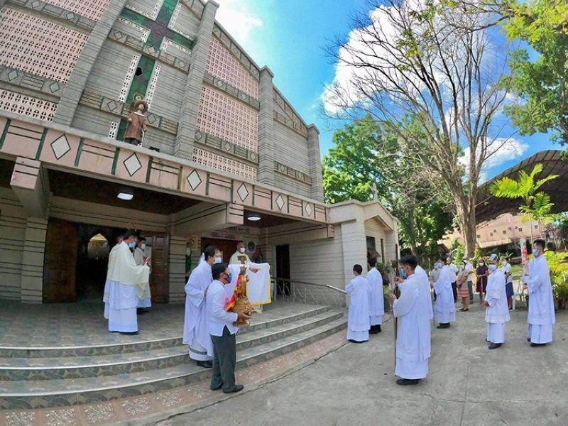 Hulagway gikan sa Diocese of Digos