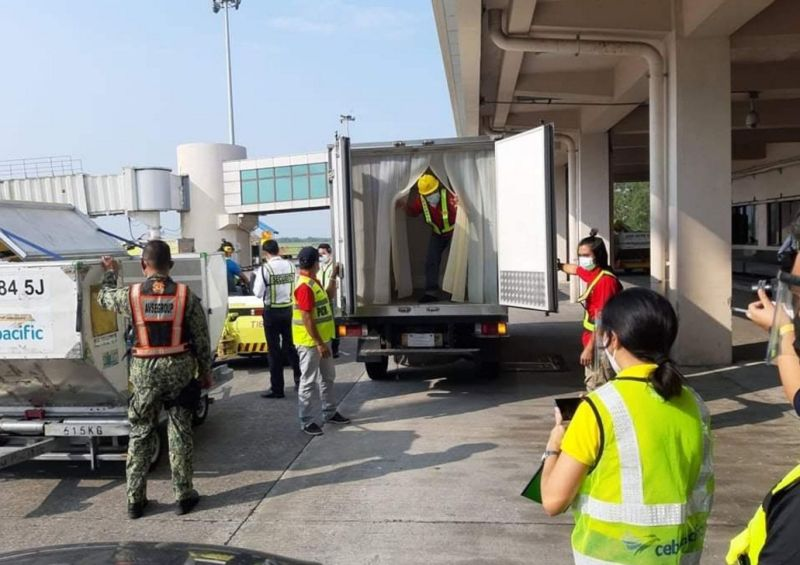 BACOLOD. About 7,200 doses of Sinovac vaccines arrive Tuesday, April 6, 2021, for Negros Occidental and Bacolod City. (Contributed photo)