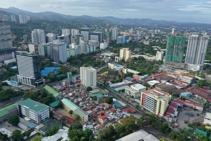 Active cases in Cebu City drop below 1,000 mark. (File photo)