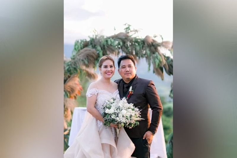 NEGROS. Couple Janine and Temojin Besana tie the knot before a Christian wedding held at Jump-off Point, Barangay Pandanon, Don Salvador Benedicto on March 25, 2021. (Contributed photo)