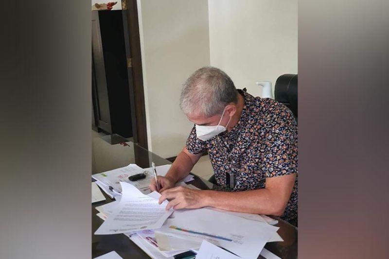 NEGROS OCCIDENTAL. Governor Eugenio Jose Lacson (File photo)