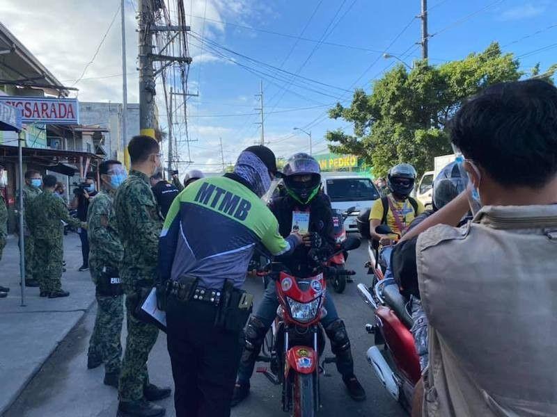 MANILA. Border controls will remain in Metro Manila and provinces of Bulacan, Cavite, Laguna and Rizal until May 14, 2021. (File)