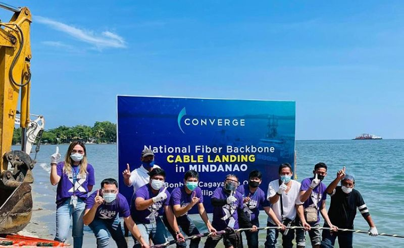 CABLE LANDING. The Converge team during the cable landing in Mindanao. (Contributed photo)