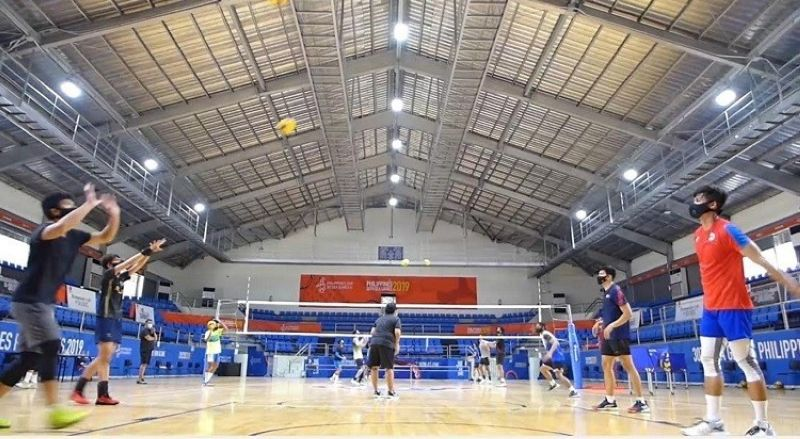 Caption: CALL OF DUTY. Thirty-one of the 40 players invited to join the Philippine National Volleyball Federation (PNVF) just-concluded national volleyball team tryouts at the Subic Gym bubble. (Screened PNVF Video by Jerome Galunan Jr.)