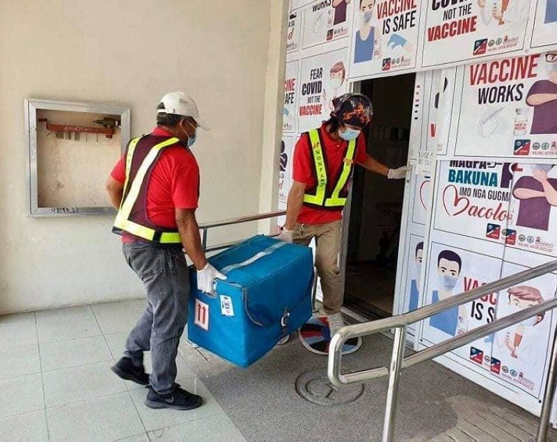 BACOLOD. Over 7,400 vials of Sinovac vaccines arrive in Bacolod City from the Department of Health (DOH) Friday, April 30. (Contributed photo)