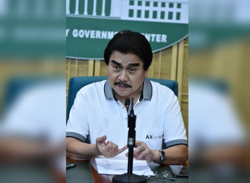 BACOLOD. Mayor Evelio Leonardia issues Executive Order No. 21, extending the MGCQ in Bacolod City from May 1 to 31. (File photo)