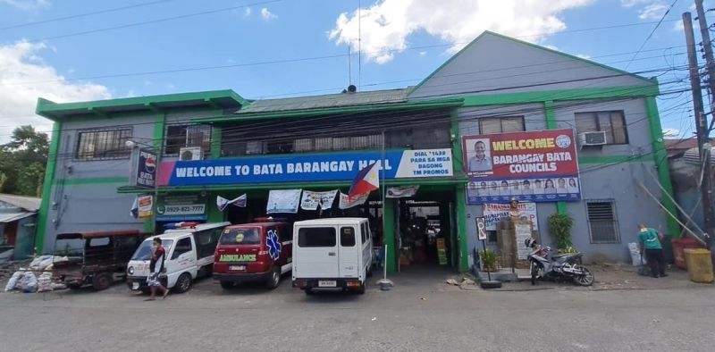 BACOLOD. A secretary of Barangay Bata in Bacolod City died due to Covid-19 on May 1.  (Photo by Erwin P. Nicavera)