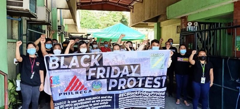 NEGROS. Ceneco workers hold a Black Friday protest against all threats besetting the electric cooperatives including privatization. The Black Friday protest will be held every Friday simultaneously every Friday in all electric cooperatives nationwide. (TDE photo)