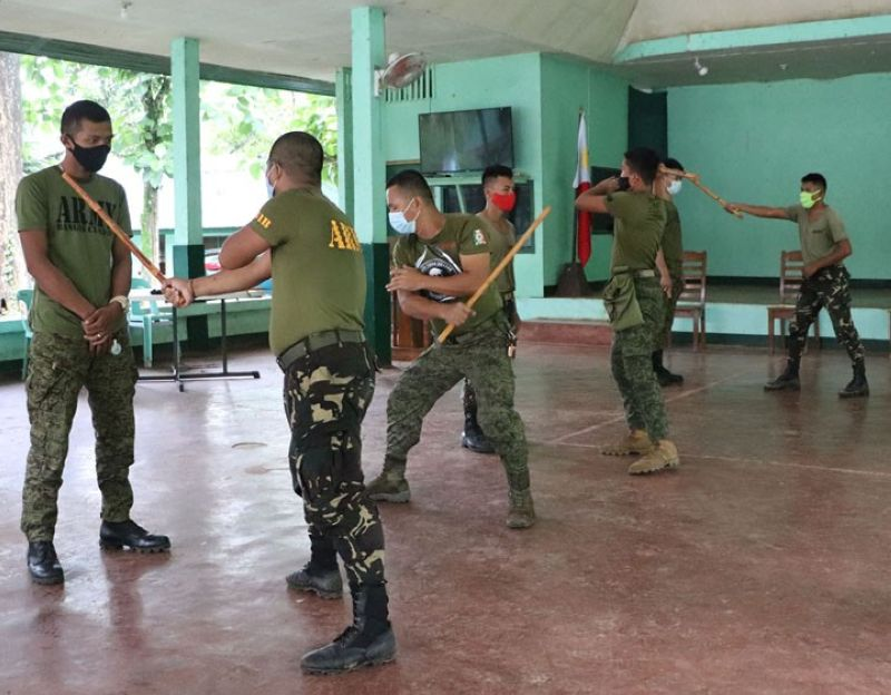 ZAMBOANGA. The Army's 53rd Infantry Battalion (IB) conducts self-defense technic training for militiamen. A photo handout shows the training participants learn different self-defense technic in a training Wednesday, May 26, at the headquarters of the 53IB in Camp Major David Sabido, Guipos, Zamboanga del Sur. (SunStar Zamboanga)