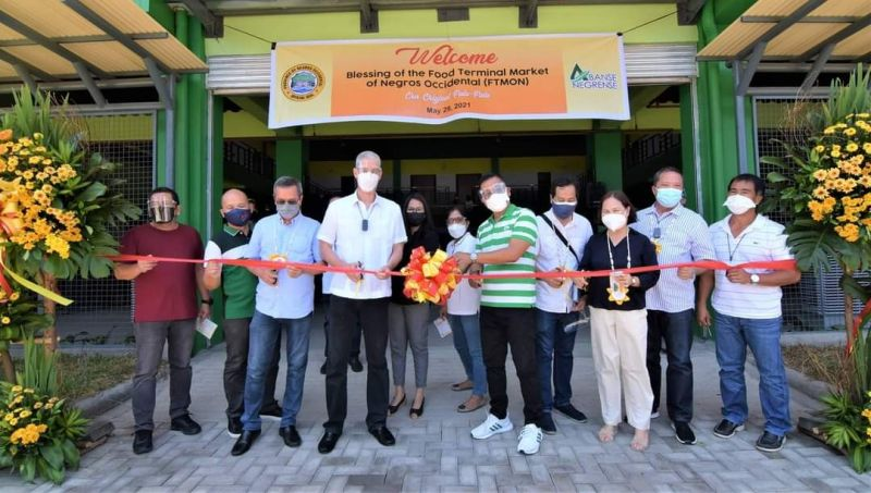 NEGROS OCCIDENTAL. Governor Eugenio Jose Lacson along with Vice Governor Jeffrey P. Ferrer, some board members, mayors, department heads, and others, led the inauguration of various edifices that formed part of the Negros Cultural Hub. (Provincial PIO photo)