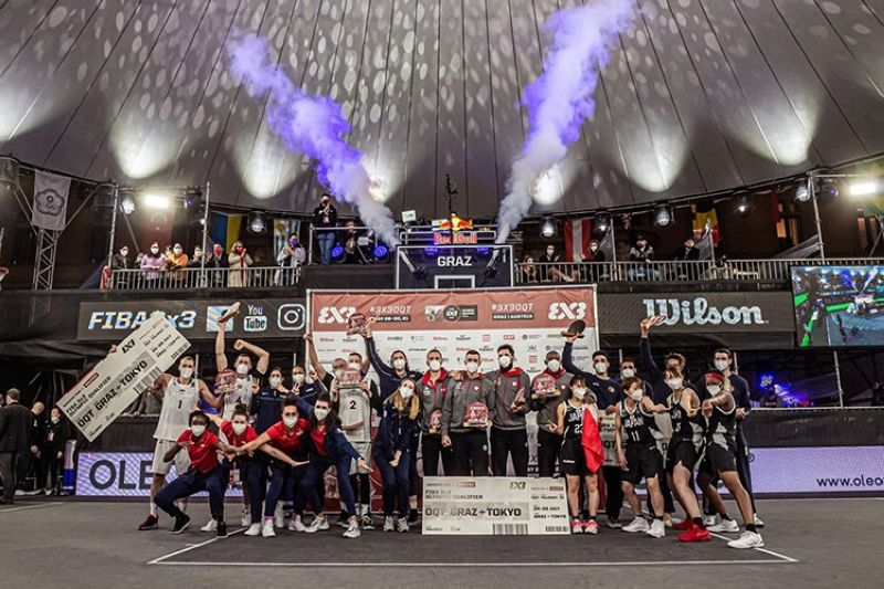 The six teams from both men and women's fields celebrate after they earned a berth to the 3x3 basketball event in the Tokyo Olympics. (FIBA)