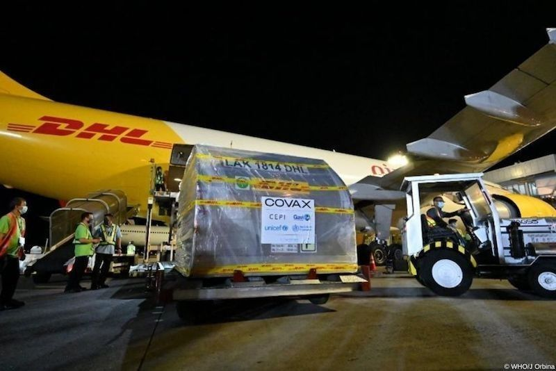 MANILA. In this photo taken on May 10, 2021, the Philippines take delivery of the first batch of Pfizer vaccines from Covax. (File)