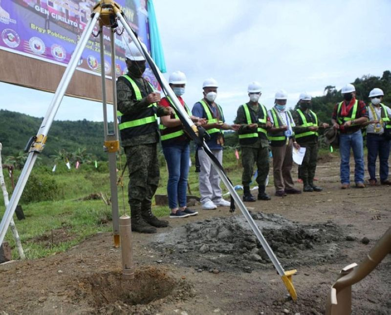 ZAMBOANGA. Some 100 former communist New People's Army (NPA) terrorists in Zamboanga del Norte are set to receive housing units from the government through the Task Force to End Local Communist Armed Conflict. A photo handout shows General Cirilito Sobejana (left), Armed Forces chief-of-staff, leads the groundbreaking ceremony that signals the start of the project. (SunStar Zamboanga)