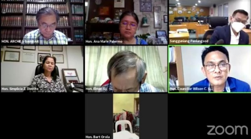 BACOLOD. Screenshot of the virtual session of the Sangguniang Panlungsod of Bacolod Wednesday where Councilor Wilson Gamboa Jr. proposed a resolution urging the Central Negros Electric Cooperative (Ceneco) to consider implementing immediately the result of the competitive selection process for its power supply contract with Kepco Salcon Power Corp.