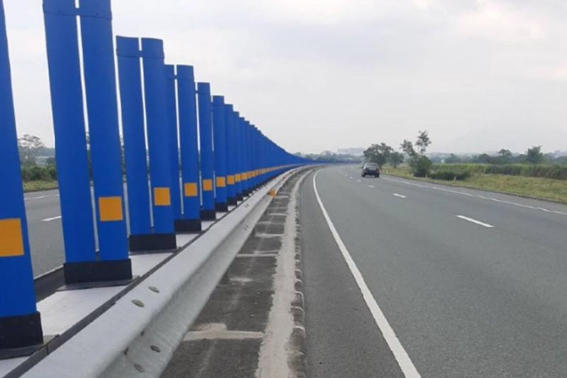 UPGRADES AT SCTEX. Anti-glare panels installed at SCTEX meridian. (Contributed photo)