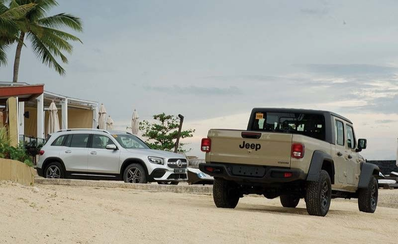 DUO. The GLB and the Jeep Gladiator at Crimson Mactan.
