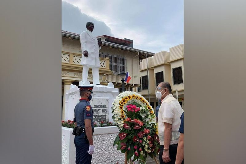 PAMPANGA. Magalang Mayor Romy Pecson leads the wreath-laying ceremony in front of the monument of Dr. Jose Rizal in celebration of the country's 123rd Independence Day, with this year's theme,