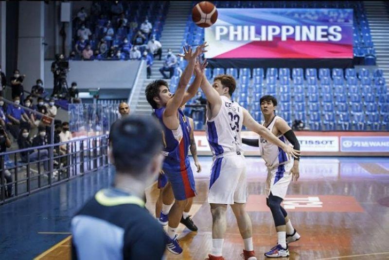 MANILA. SJ Belangel put up a three-pointer at the buzzer to give Gilas the win over South Korea, 81-78. (FIBA Photo)