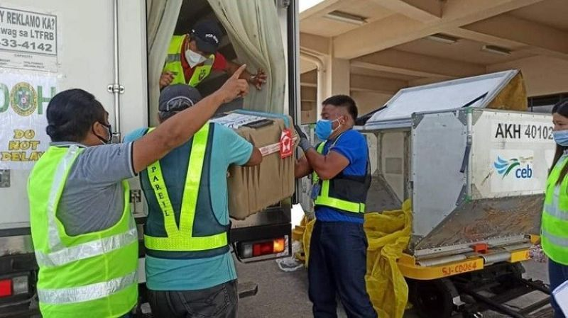 BACOLOD. Pfizer vaccines that arrive in Negros Occidental intended for Category A1 vaccinees June 17, 2021. (Caap-Bacolod photo)