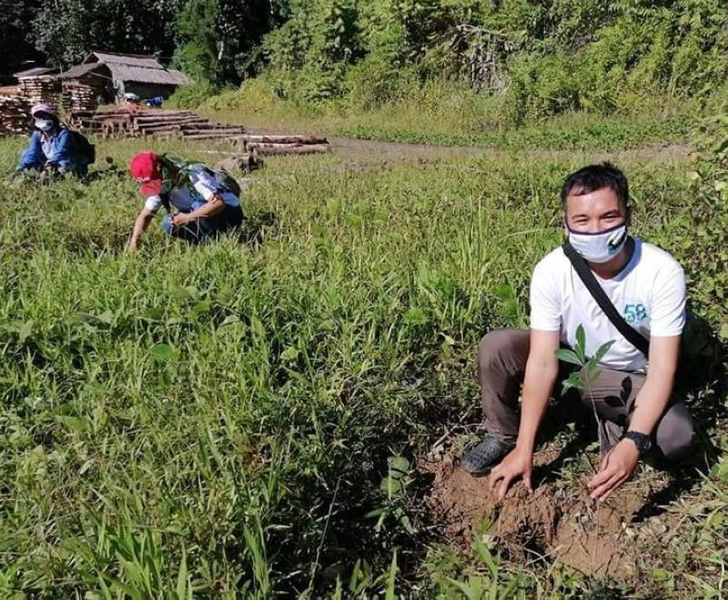 ZAMBOANGA. Personnel of the Zamboanga Sibugay Irrigation Management Office and members of the Marple Irrigators Association Incorporation plant last week 1,000 mahogany seedlings in two villages in Diplahan town. A photo handout shows participants of the tree planting activity strike a pose while during the event. (SunStar Zamboanga)