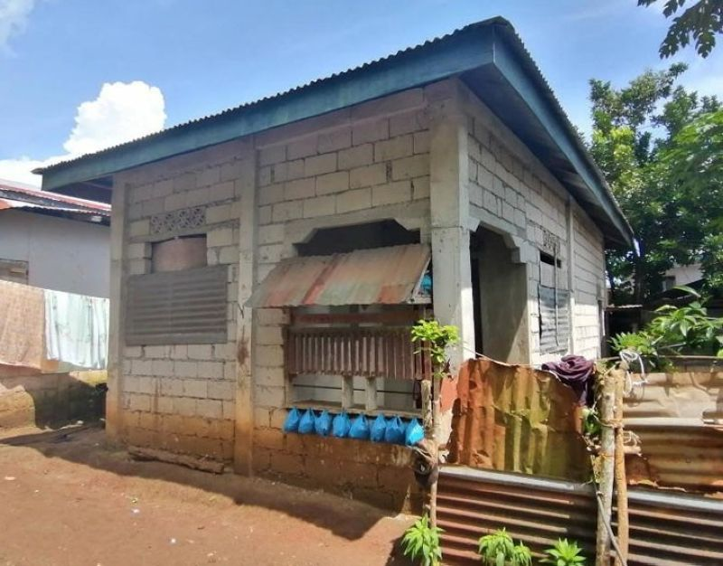 ZAMBOANGA. An Abu Sayyaf bandit died in a clash while the troops rescued the daughter of an Indonesian suicide bomber couple Wednesday, June 23, in Bangkal village, Patikul, Sulu. A photo handout shows the hideout of the slain bandit where the clash occurred. (SunStar Zamboanga)