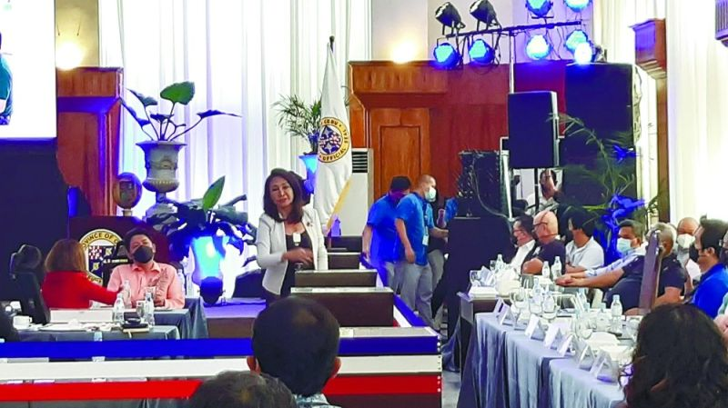 SPECIAL SESSION. Gov. Gwendolyn Garcia speaks before members of the Inter-Agency Task Force (IATF) for the Management of Emerging Infectious Diseases and members of the Cebu Provincial Board at the Capitol Social Hall on Tuesday, June 29, 2021 in hopes of convincing IATF experts to allow Cebu to implement its own protocols, particularly on the testing and quarantine of overseas Filipino workers and returning overseas Filipinos. / Arvie Veloso