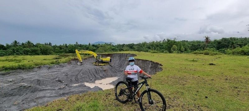 BACOLOD. When you have nothing to do during the Covid-19 pandemic, ride your bike to reach nature-packed destinations. See these beautiful places that bikers enjoy exploring. (Carla N. Cañet photo)