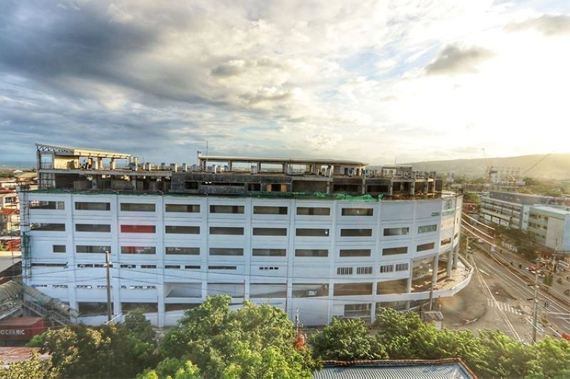 UNFINISHED BUSINESS. After six years of construction, the new Cebu City Medical Center remains unfinished on May 16, 2021. The Cebu City executive department confirmed Friday, July 2, 2021 that the construction of the hospital's fourth phase had been cancelled on May 4, 2021. (Amper Campana)