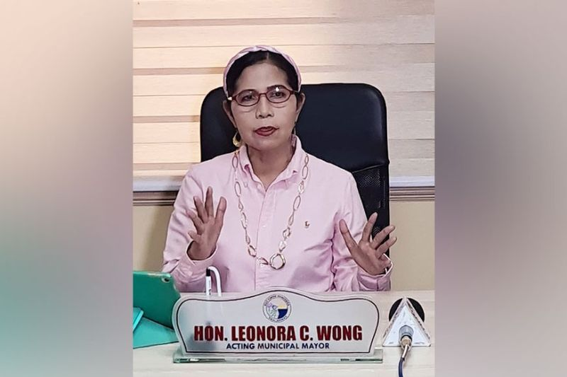 ACTING MAYOR. San Simon Acting Mayor Leonora Wong is back at the Mayor's Office on Monday, July 12, 2021, after the Provincial Board meted a six-month suspension against Mayor Jun Punsalan. (Chris Navarro)
