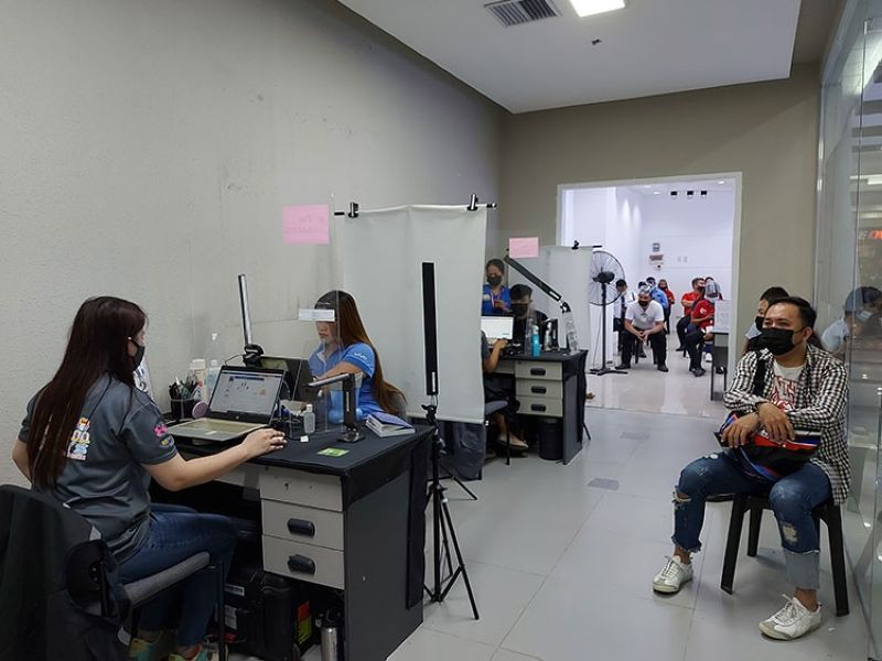 REGISTRATION SITE. The Philippine Statistics Authority opens its third PhilSys ID (national ID) registration site in Mandaue City at Pacific Mall Mandaue on July 16, 2021. This branch is open from 8 a.m. to 5 p.m. Monday to Saturday. (Kate F. Denolang)