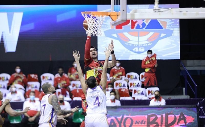 MANILA. After showing rust in his first game back, Cebuano hoops star June Mar Fajardo is playing his way back into shape for the San Miguel Beermen. (PBA)