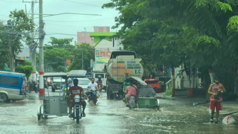 PAMPANGA. Heavy rains for the past few days brought about by the southwest monsoon has caused flooding in several villages in the fourth district of Pampanga like this one in Sto. Tomas town on Saturday, July 24, 2021.  (Chris Navarro)