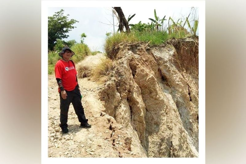 GEOHAZARD ASSESSMENT. Mines and Geosciences Bureau strengthens its National Geohazard Assessment and Mapping Program to continuously identify areas in Central Luzon that are susceptible to geologic hazards and protect communities from disasters. (MGB)