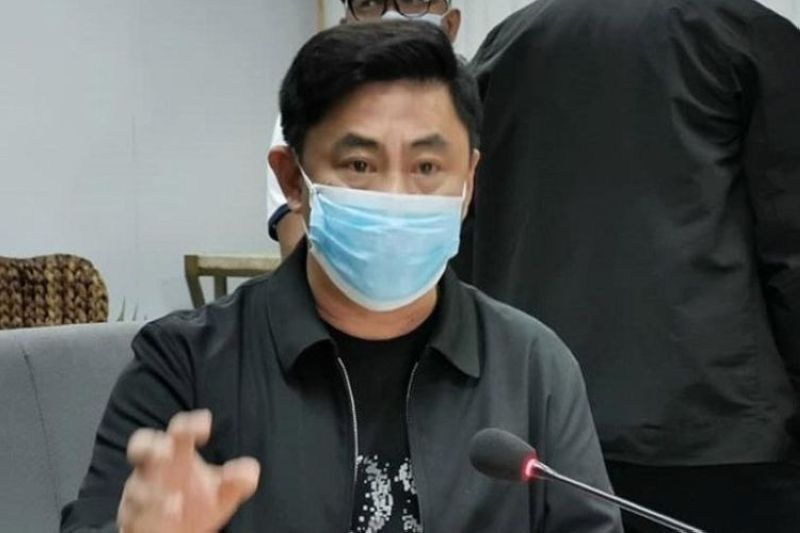 Ahong draws flak for decision against unvaccinated persons. (File photo)