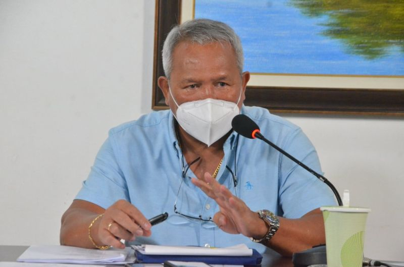 CAGAYAN DE ORO. City Mayor Oscar Moreno told Lieutenant Colonel Lemuel Gonda, the city police's deputy chief for police operations, to resign after the latter accused him of being uncooperative with the implementation of focus area containment. (Photo from City Information Office)