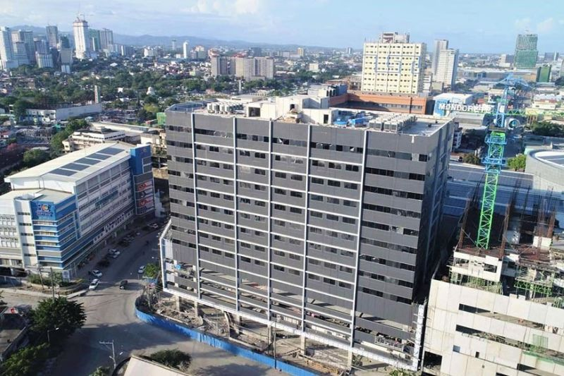 READY FOR TURNOVER. Information technology-business process management companies that are looking for new and Peza-registered office spaces in Cebu may now sign up to lease spaces in Cybergate Galleria Cebu. The building is now ready to be turned over to tenants for their fit-out activities. / ROBINSONS LAND CORP.