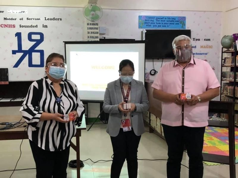 RISO FOR SCHOOLS. Angeles City Vice Mayor Vicky Vega-Cabigting and Mayor Carmelo Lazatin Jr. distributed risograph machines to schools in the city. (Angeles City Information Office)