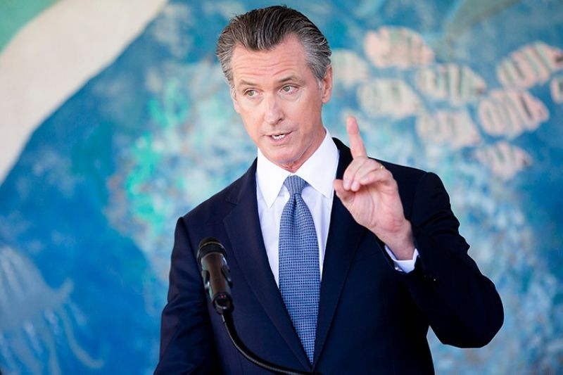 USA. California Governor Gavin Newsom speaks during a news conference at Carl B. Munck Elementary School, Wednesday, August 11, 2021, in Oakland, California. (AP)