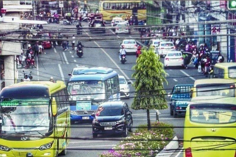 48 ka PUV drivers nadakpan sa mga checkpoint. (File photo)